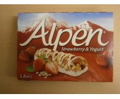 (898) Alpen Strawberry & Yogurt 5 pack dated 22 May 18